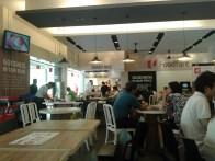Inside the food court. There are several stalls offering various types of hot meals at reasonable prices. Внутри столовой несколько точек с горячими блюдами по доступным ценам.