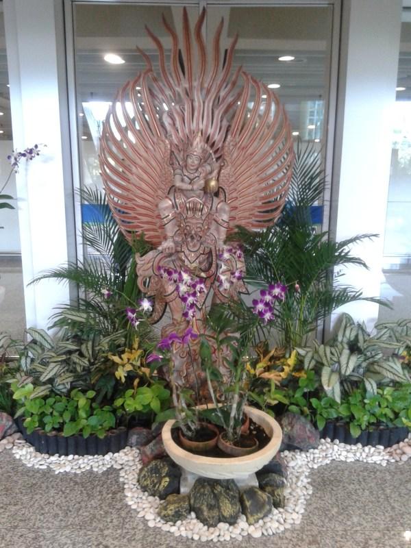 в аэропорту Бали